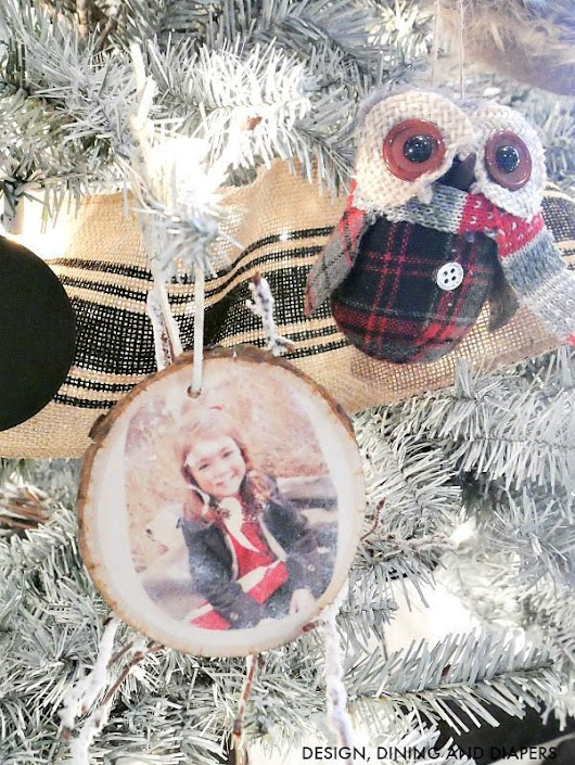 Transferring Images Onto Wood Slice Ornaments - Design, Dining + Diapers
