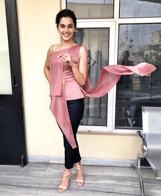 Taapsee Pannu Looked Fabulous At The Promotion Event Of 'Anando Brahma'