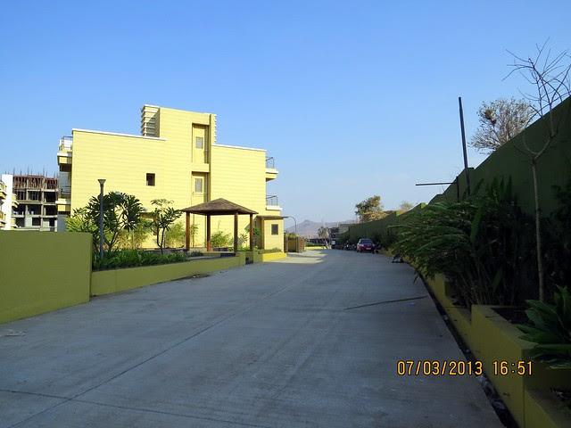 Brookefield Willows, 2 BHK & 3 BHK Flats near Khadi Machine Chowk, Pisoli, Pune 411028 - Launching!