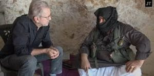 Abu al Ezz col giornalista tedesco