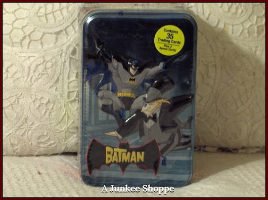 THE BATMAN Cartoon Network 2004-2008 35 Trading Card Set In Sealed Penguin Tin