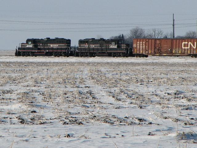 CEMR 4000 and 4002, Oak Bluff, Manitoba