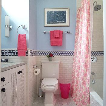 Mediterranean-Style Girls Kids Bathroom Decor Ideas