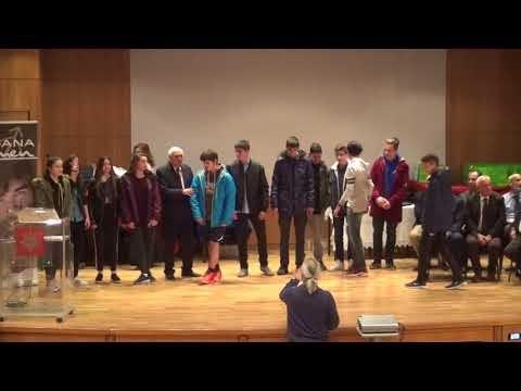 Δείτε τα βίντεο με τις βραβεύσεις των αριστούχων της Β΄ γυμνασίου, του Βασίλη Βουρτζούμη και του Γιάννη Γιαννούλη στην πίτα της ΕΚΑΣΘ