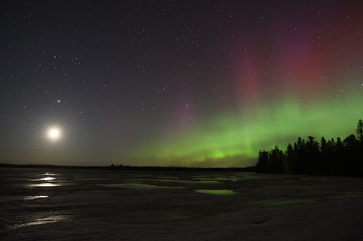 Spectacular Aurora Sneaks in Quietly, Rages All Night