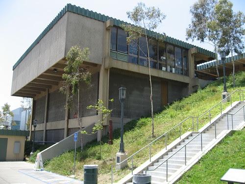Barnsdall Art Park - Junior Arts Center & Barnsdall Art Center