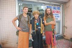 Barefeet Blogger of Bandra With Street Musicians From Croatia by firoze shakir photographerno1
