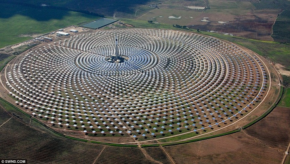 World&aposs Largest Solar Power Plant Is Now In Operation
