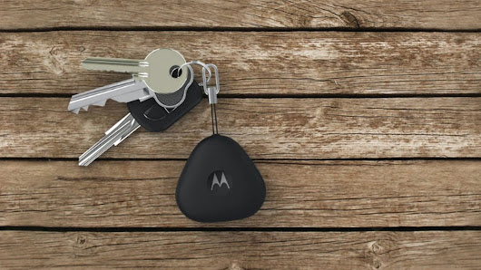 Motorola Keeps You from Losing Your Phone or Keys with Keylink