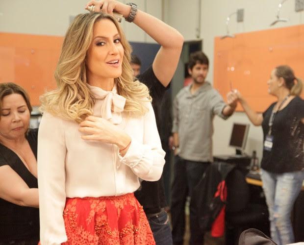 Claudia Leitte está linda para este Domingão (Foto: Raphael Dias / TV Globo)