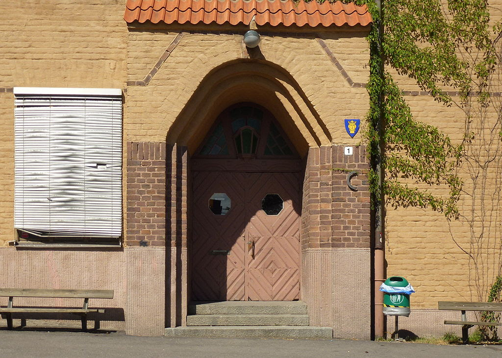 Midsommarkransens Skola 2013a 02.jpg