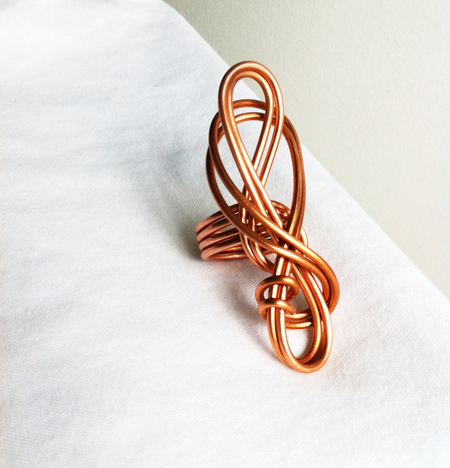FORGET ME KNOT - Hand-formed Copper Ring