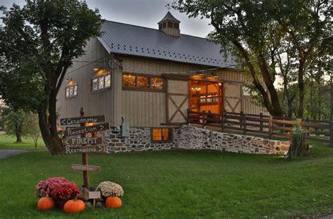 Rustic & Farm Weddings