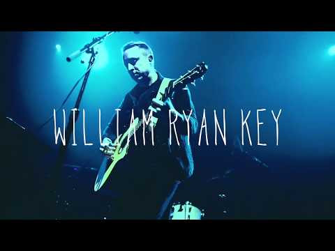 "William Ryan Key Releases ""Old Friends"" Video"