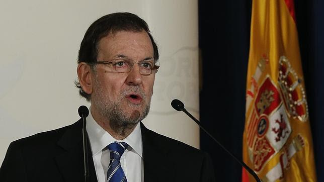 Rajoy estudia agotar el plazo legal para que las elecciones sean en 2016