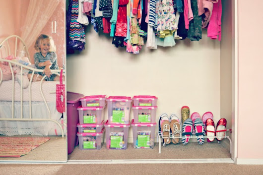 Organizing the Mess with #Snapware Home Storage - The Funny Mom Blog