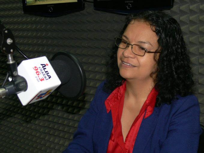 Ministra Alejandrina Reyes llamó a artistas y cultores a dar un gran apoyo a la Constituyente