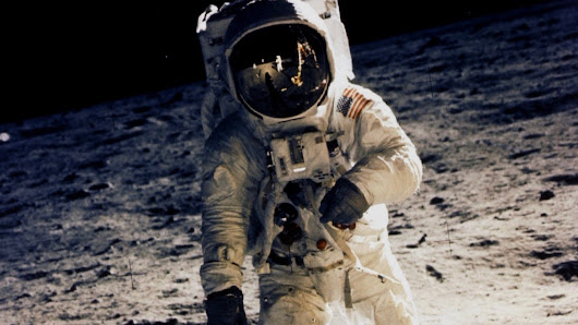 NASA doesn't own all moon dust, a new lawsuit claims