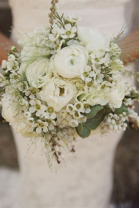 25  Best Ideas about Ivory Wedding Bouquets on Pinterest