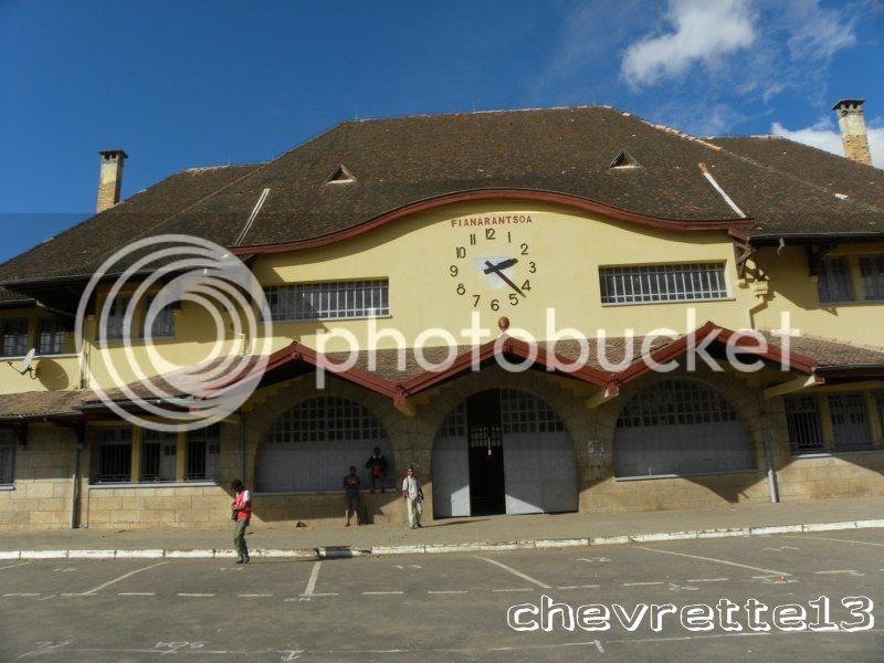 http://i1252.photobucket.com/albums/hh578/chevrette13/Madagascar/DSCN1042800x600_zps62cbb359.jpg