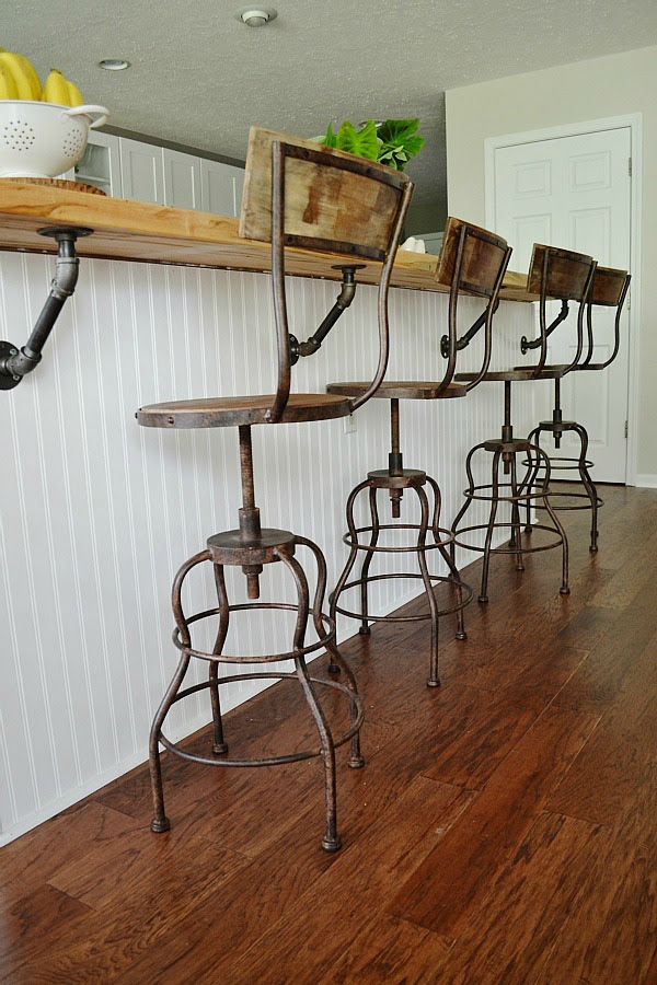 Favorite Industrial Stools from Liz Marie Blog | Friday Favorites on www.andersonandgrant.com