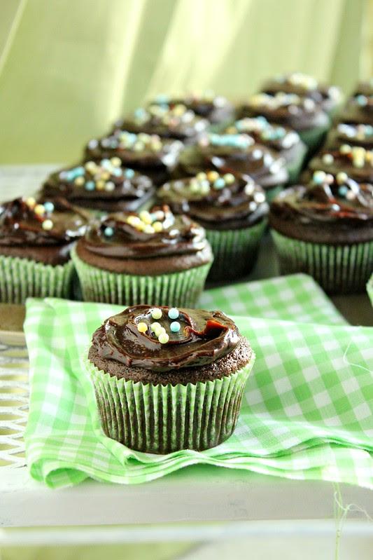 Avocado Chocolate Cupcake