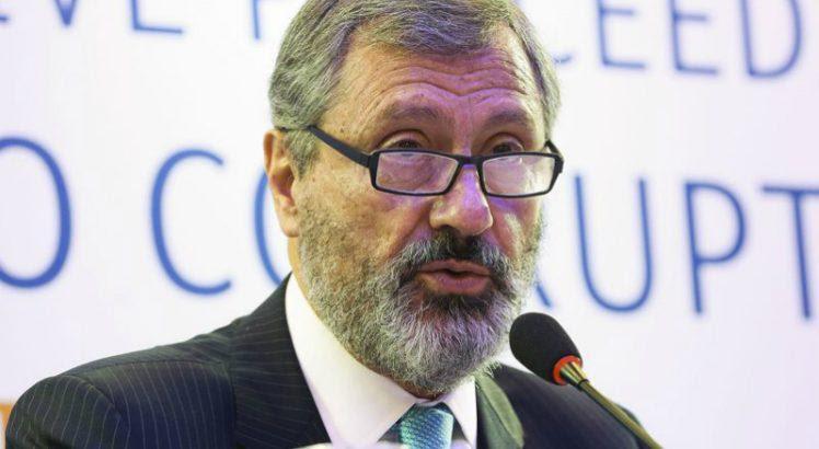 Resultado de imagem para ministro da Justiça, Torquato Jardim