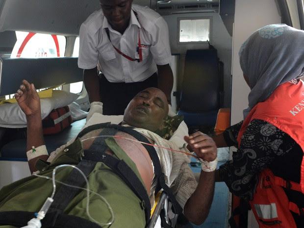 Quênia ataque universidade feridos (Foto: Simon Maina/AFP)