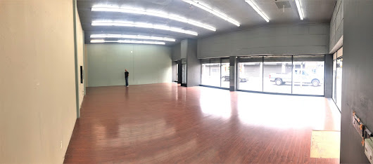 DTLA: Epic Corner Retail Space with Huge Traffic Visibility, Soaring Ceilings, Central A/C (1058 S Main St - $2/1,700sf) - Downtown Los Angeles Commercial Real Estate