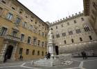 Italia destinará hasta 17.000 millones de euros para rescatar dos bancos