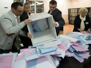 pap_liczenie_glosy_wybory_388
