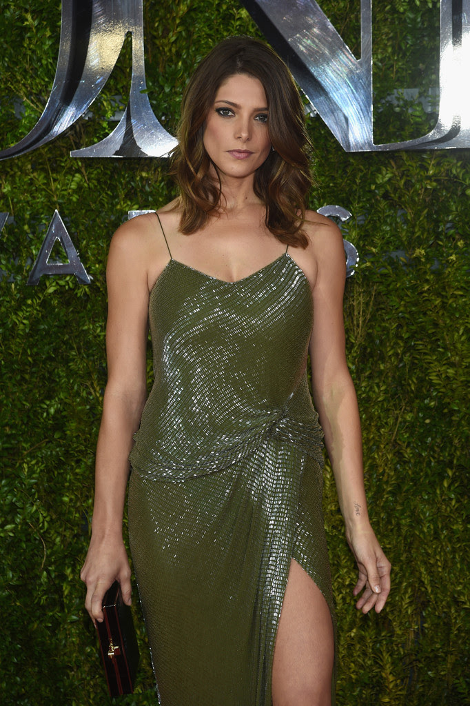 http://www2.pictures.zimbio.com/gi/Ashley+Greene+2015+Tony+Awards+Arrivals+WjHBuL1ucZox.jpg