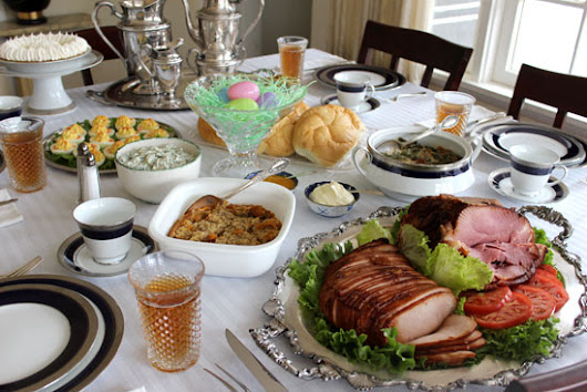 5 Things to Buy for that Christmas Dinner at Your House | Raising Reagan