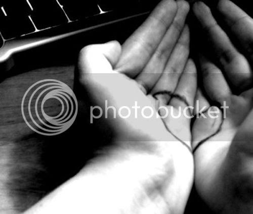 heart break hands