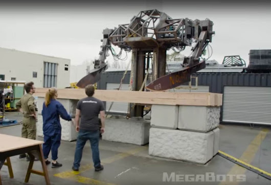 MegaBots with Giant Knives, Dangerously Funny… - Highpants