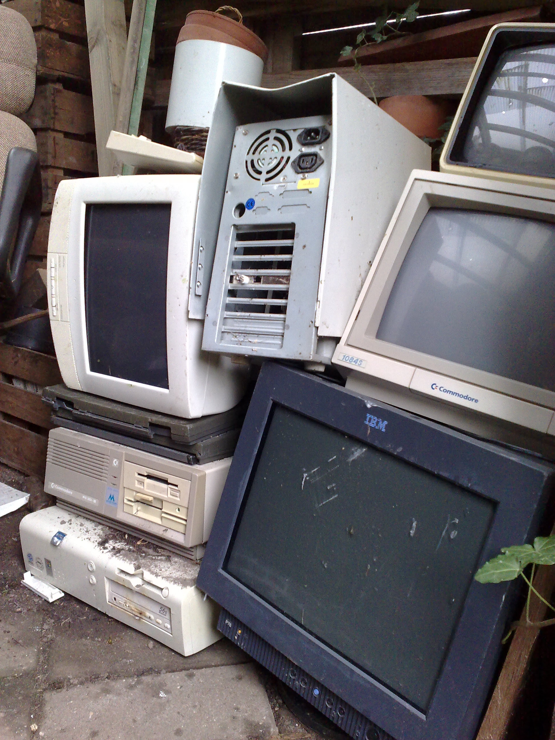 home appliance removal disposal junk garbage removal