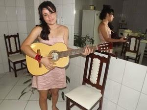 Rebeca Bernardo leiloa virgindade em Sapeaçu, na Bahia. (Foto: Arquivo Pessoal )