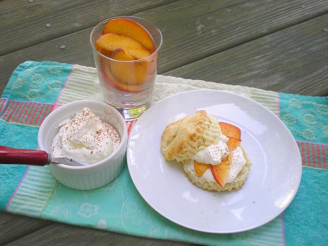 Shortcake with Peaches and Cream