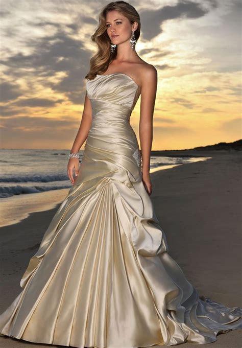 Best 25  Champagne wedding dresses ideas on Pinterest