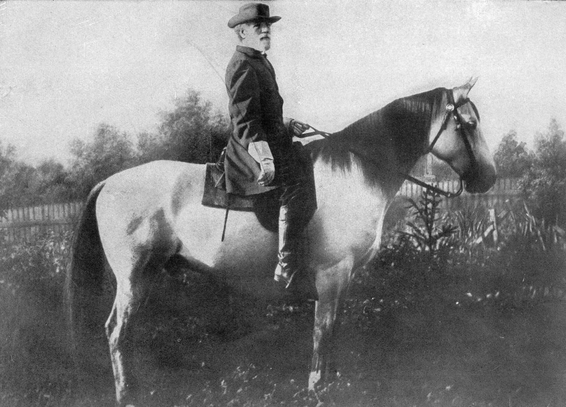 General Robert E. Lee mounted on Traveller, his famous 'war horse'.