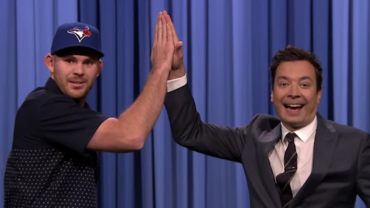Blue Jays' Biagini gives Jimmy Fallon second chance at high-five - Sportsnet.ca