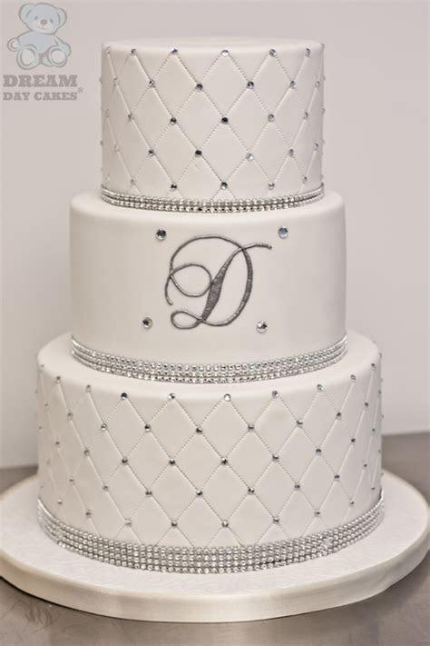 wedding cake designs  elaborate fondant flowers