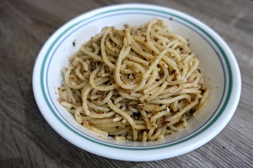 KITCHEN EXPERIMENT: TUNA PESTO PASTA WITH MUSHROOMS | I Blog, Therefore I Am.