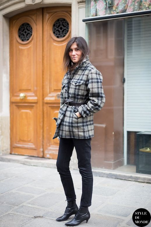 Le Fashion Blog 11 Ways To Wear Kitten Heels Emmanuelle Alt Street Style Belted Plaid Coat Skinny Black Cropped Ddenim Jeans Saint Laurent Zipper Lace Up Boots Via Style Du Monde photo Le-Fashion-Blog-11-Ways-To-Wear-Kitten-Heels-Emmanuelle-Alt-Street-Style-Plaid-Coat-Via-Style-Du-Monde-6.jpg