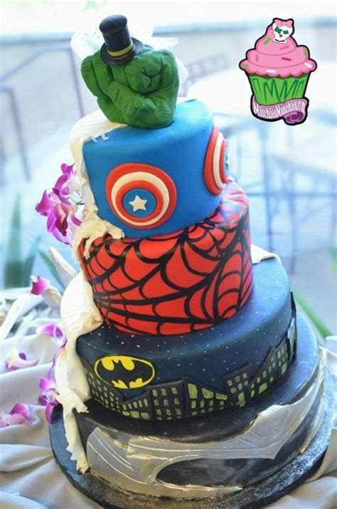 #Geeky #Superhero #Wedding #Cake has #Batman, Spider Man