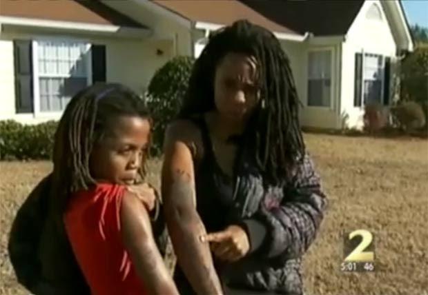 Chuntera Napier foi presa por deixar o filho fazer tatuagem. (Foto: Reprodução/WSBTV)