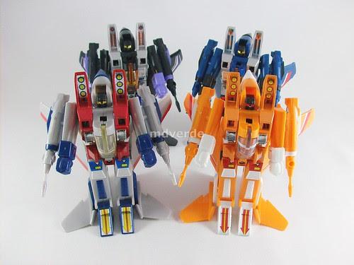 Transformers Sunstorm G1 eHobby vs Starscream vs Skywarp vs Thundercracker - modo robot