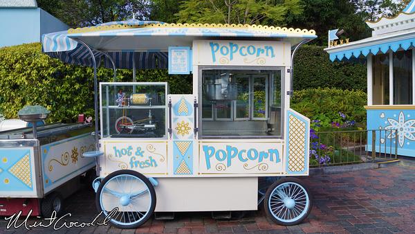 Disneyland Resort, Disneyland, it's a small world, Popcorn, Cart