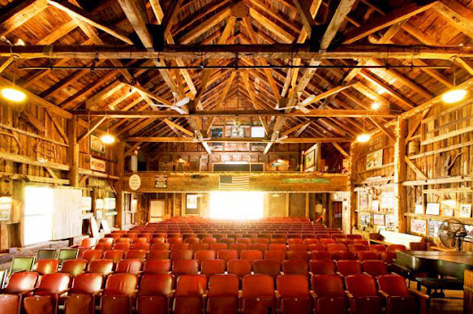 Kennebunkport Entertainment, Summer Theater, live music | Kennebunkport Maine Hotel and Lodging Guide