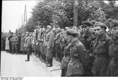 parada comuna sovieto-nazista-2